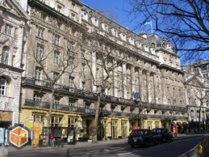 Top notch house relocation in Aldwych